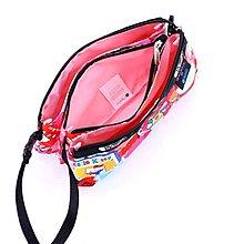 LeSportsac 8105 Kitty 凱蒂貓聯名系列手掛繩多夾層化妝包 零錢包 收納包 降落傘防水 限量 大號  可當斜背包 附背帶款 可斜背
