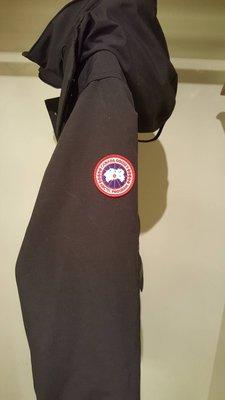 CANADA GOOSE加拿大鵝厚外套