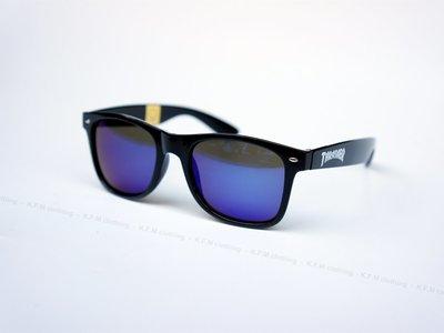 【 K.F.M 】THRASHER HOMETOWN SUNGLASSES (UV400) BLACK 眩藍鏡面 墨鏡