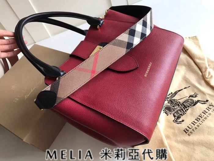 Melia 米莉亞歐洲代購 巴寶莉 戰馬 英國名品 18ss 手提包 斜背包 the buckle 笑臉包 紅色