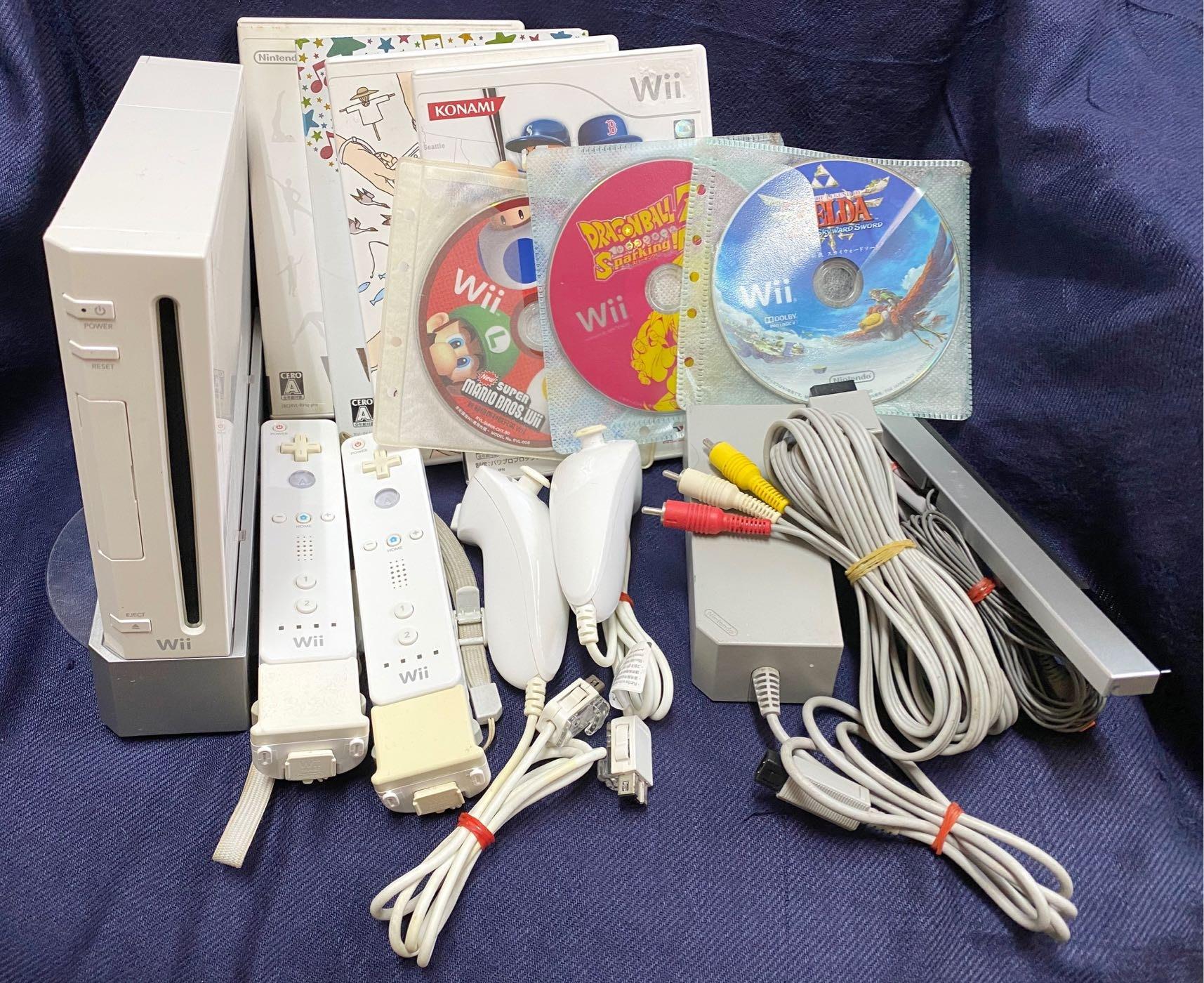 Nintendo Wii 主機(4.3J 無改機、日規機RVL-001)、原廠手把(動感強化器)*2組、原廠遊戲*7
