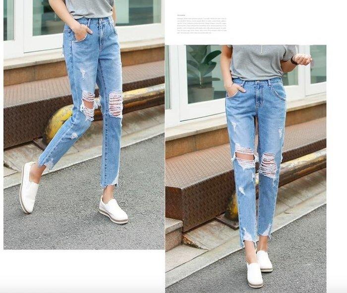 美麗喵。現貨。正韓 韓國製 版型美 腰圍鬆緊  前後割破設計 男友褲 牛仔褲(深藍L)