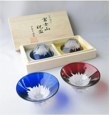 【eWhat億華】日本 富士山 祝盃對杯組 田島硝子手作 富士山祝盃完美藝術 青赤富士對杯 無鉛玻璃材質 兩個一組 ~特價出清 全新品 【3】