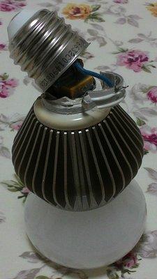 [損壞,故障,零件] 台積電 LED 燈泡 11W 白光 黃光 E27 TSMC 臺積電 110V 臺南自取免運