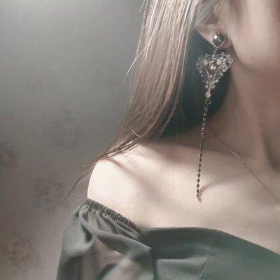 現貨 Qmi 韓國TWICE志效明星同款時尚黑鑽微鑲滿鑽長款限量定制愛心耳環S925銀針