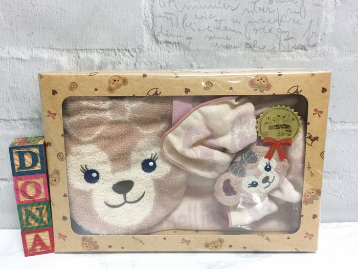 【Dona日貨】日本迪士尼海洋限定 超可愛雪莉玫嬰兒專用 三件組(圍兜兜+口水巾+手搖鈴) C12