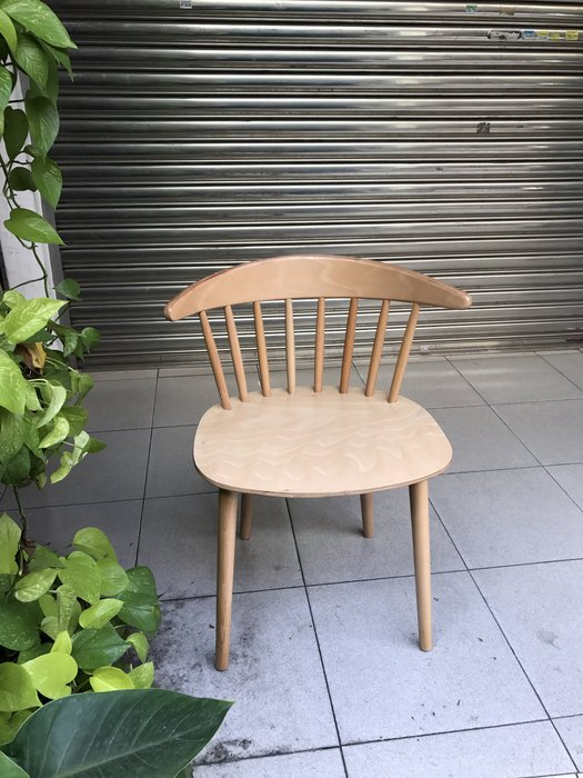 【 一張椅子 】Hay  J 104 CHAIR 彎背溫莎椅