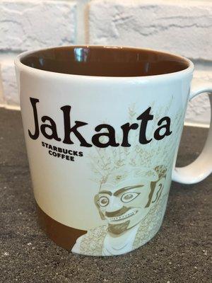 星巴克  雅加達 城市杯 馬克杯 16 fl oz 4另有印尼 附有盒及紙袋 可任選館內200元以內衣服、鞋 超過加價購