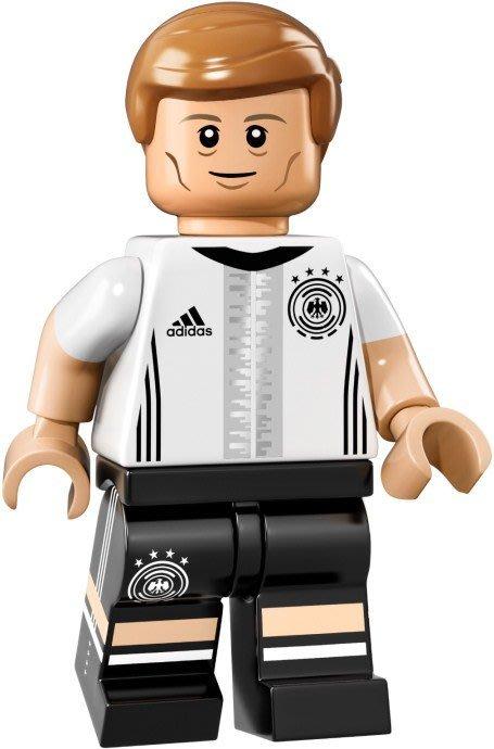 【LEGO 樂高】益智玩具 積木/ DFB 德國足球隊 人偶系列 71014   單一人偶: Kroos 背號:18號
