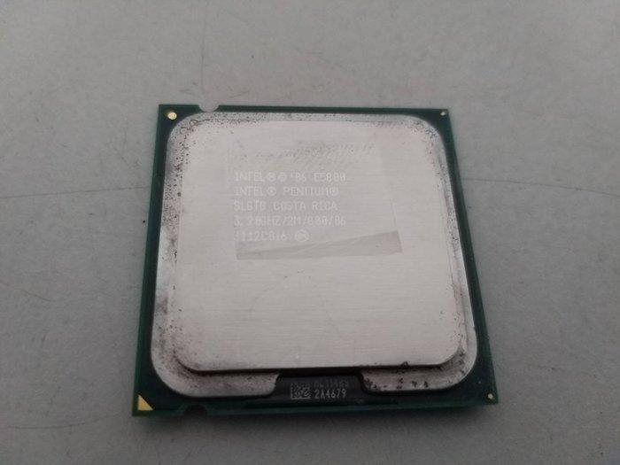 台中,太平,大里電腦維修 - 中古 INTEL LGA 775 E5800 3.2G (CPU + 風扇/限自取)