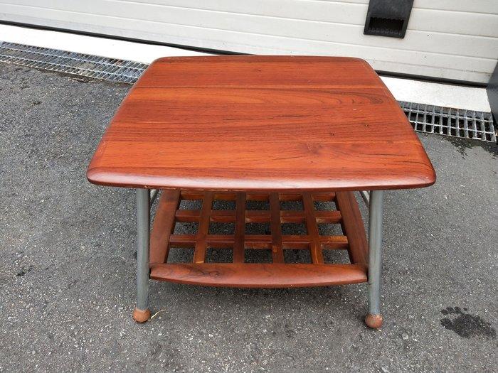 非凡二手家具 實木 2尺小茶几*茶几桌*客廳桌*沙發桌*矮桌*泡茶桌*和室桌*餐桌*造型桌*邊桌