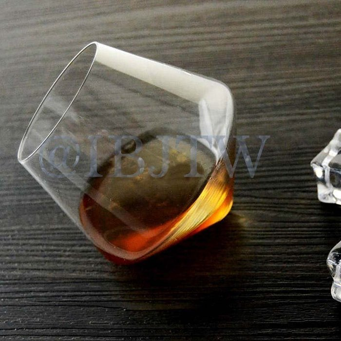 2個以上出貨 不倒翁玻璃杯 【奇滿來】陀螺杯 旋轉 威士忌杯 白蘭地酒杯 無腳 紅酒杯 水杯 酒杯 葡萄酒杯 AUAC