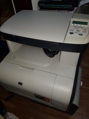 二手 hp CM1312 mfp 已整理,效果如新,內附4色新碳匣 影印 列印 掃描