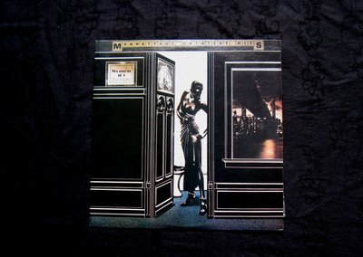 絕版黑膠唱片----MANHATTANS GREATEST HITS----曼哈頓最偉大的熱門歌曲---HURT