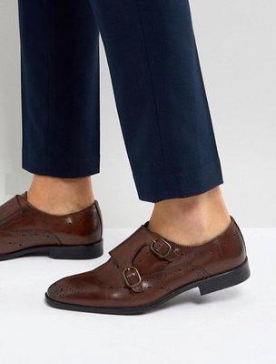 ◎美國代買◎ASOS巴洛克雕花鞋面搭配雙皮扣皮蓋設計英倫紳士雅痞風雕花和尚款皮鞋~歐美街風~大尺碼