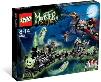 Lego 9467 Monster Fighters The Ghost Train ( New)