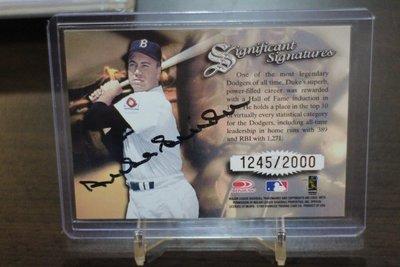 過逝名人堂~Duke Snider 1997 Donruss Signatures Auto 限量簽名卡~SP 卡面簽