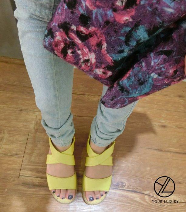 【Luxury】夏日 羅馬 交叉線條 隨興不做作 真皮厚切涼鞋 氣墊鞋 現貨 軟底 吸汗 手工縫製 黃 紅 護士 工作鞋