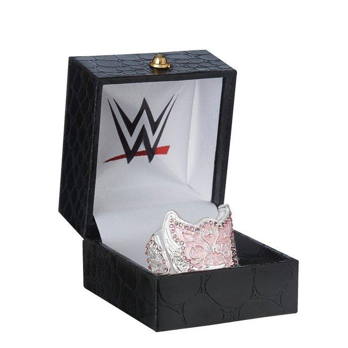 ☆阿Su倉庫☆WWE摔角 Divas Championship Finger Ring 女子冠軍限量戒指 熱賣特價中