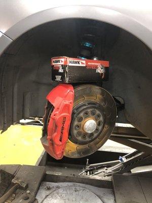 CS車宮車業 美國 HAWK STREET 5.0 公司貨 BENZ A45 原廠卡鉗  前煞車來令片