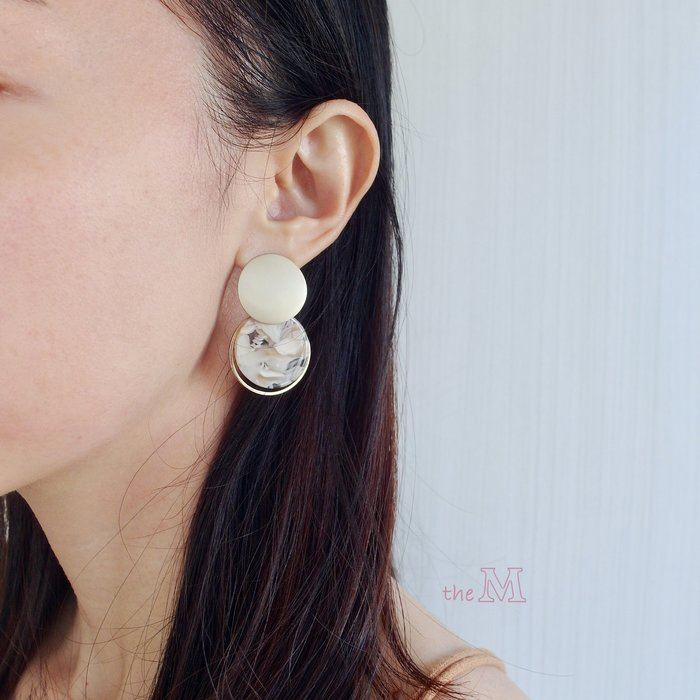The M 正韓 霧面 金屬 大理石紋 雙圈耳環-925純銀 耳針