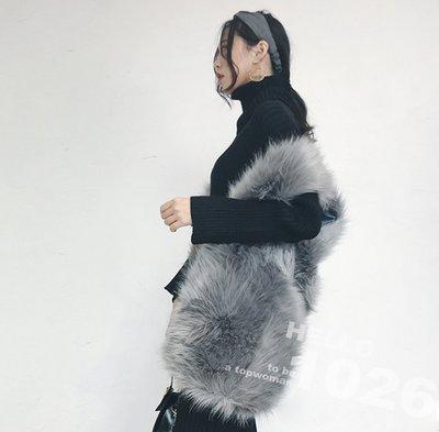 ++1026++歐美名媛款 合身寬鬆 無袖罩衫馬甲 保暖披肩外套 狐狸毛毛海仿皮草 灰色兔毛毛絨 長版毛毛背心