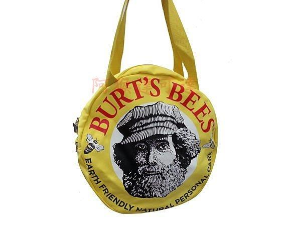 {阿猴達可達美妝館}Burt s Bees小蜜蜂爺爺 爺爺經典肩背包/斜背包--特價$350元