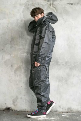 BrightDay 超人氣日本款風雨衣『兩件式』~加贈輕巧型鞋套! 彰化縣