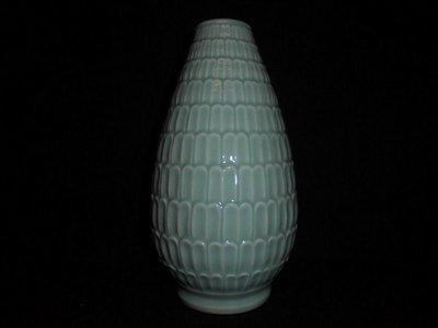 【龍泉青瓷研究所】七八十年代 粉青釉蓮瓣瓶