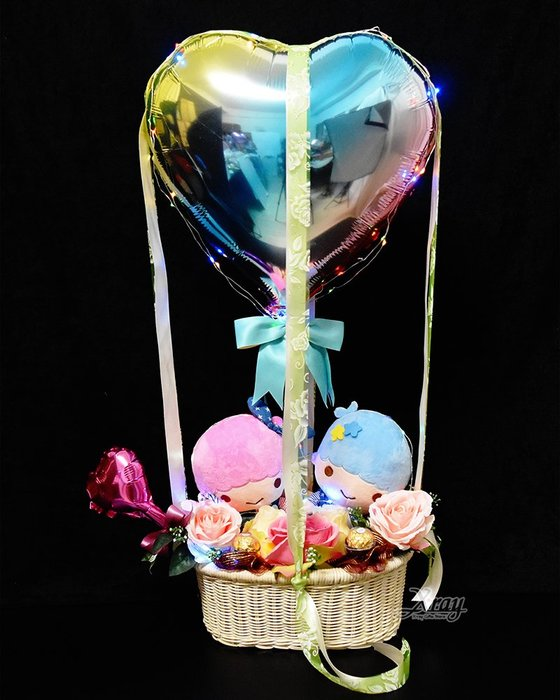 X射線【Y570632】6吋吊帶褲雙子星幸福熱氣球,Sanrio/捧花/情人節禮物/熱氣球/金莎花束/亮燈花束/告白