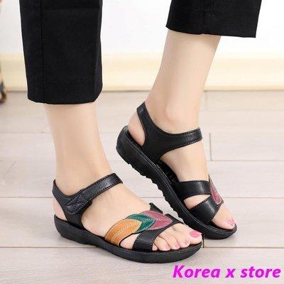【K x S】涼鞋女夏季新款中年平底媽媽涼鞋女軟底平跟中老年防滑舒適老人鞋女
