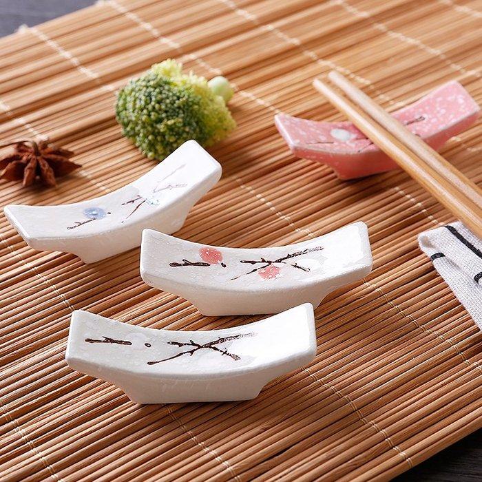 ☆女孩衣著☆日常用品-創意日式筷枕陶瓷簡約放筷子的架子家用廚房餐桌擺台餐具架筷子托(NO.02)