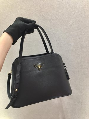 Mina 歐美日韓職業代買 美國免稅州代購 Prada 2020年新款 Matinee 手袋 真羊皮 藝人明星款 黑色