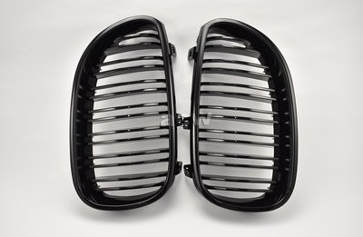 For E60 F10 M5 LOOK 02-09 GRILLES STYLE SHINY BLACK 水箱罩全亮黑烤漆
