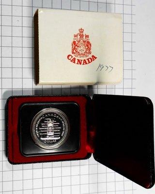 DB069 加拿大1952-1977年 登基加冕週年DOLLAR銀幣 盒裝 重約23.3g 高雄市