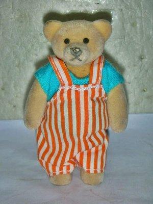 L皮.(企業寶寶玩偶娃娃)少見1999年麥當勞發行-泰迪熊家族早餐小熊男孩公仔!--距今已有17年歷史值得收藏!/6房樂