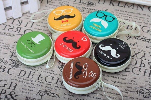 ❤❤心生活創意禮品館❤❤韓國創意 鬍子老爹 馬口鐵包 耳機 傳輸線 飾品 零錢  收納包 鑰匙包 圓形 硬殼
