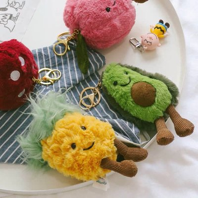 毛嚕嚕小舖-15公分酪梨鳳梨櫻桃蘑菇西瓜鑰匙圈吊飾娃娃寶寶安撫玩偶陪睡jellycat款