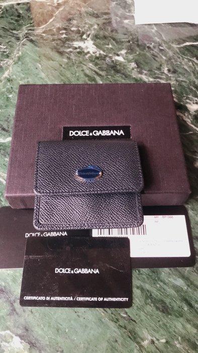 *Cali Style*全新美購[DOLCE&GABBANA]黑色防刮牛皮掀蓋信封式零錢包