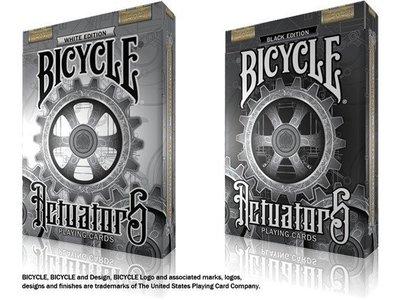 【USPCC 撲克】撲克牌 BICYCLE L.T. MILLER Steampunk 黑色/白色