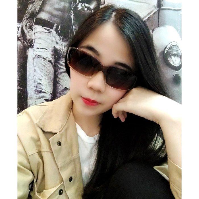 太陽眼鏡專賣店 【超低折扣價】韓國偶像劇超人氣 台灣製造 專櫃精品 UV400造型墨鏡 修飾顯小臉 中性皆可2224