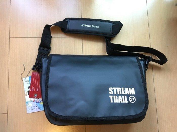 日本StreamTrail戶外防水包~Shell單肩休閒包-瑪瑙黑onyx(上課上班逛街購物騎車最方便)