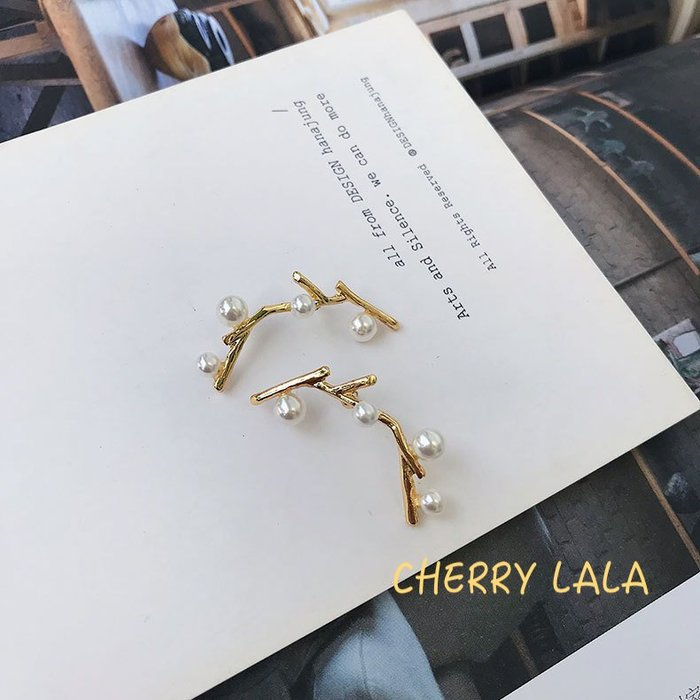 CHERRY LALA 韓。實拍。s925銀針小巧樹枝造型珍珠耳針耳環 ML532