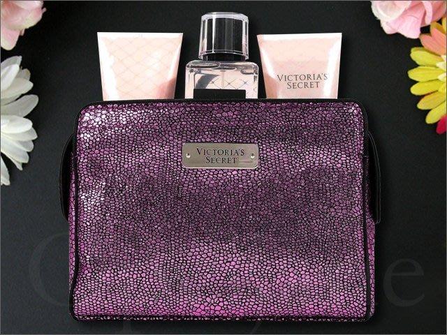 Victorias Secret Tease VS 維多利亞的秘密性感挑逗香水乳液+沐浴膠+香氛噴霧+拉鍊化妝包三瓶一組