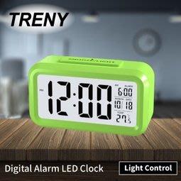 【ONE市集】(LED光控彩色鐘 綠) 鬧鐘 時鐘 電子鐘 光感 貪睡 聰明鐘 HD-G-6