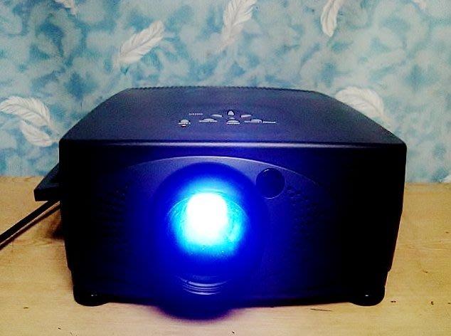 Y【小劉二手家電】 超亮SEASON 電腦單槍投影機,WOW-820型,可投影範圍220X270公分,A1~限自取