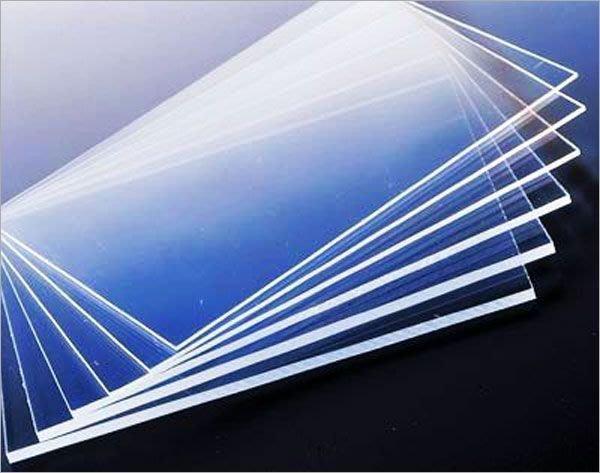 透明壓克力板:2mm          30cm    *    30cm           3片/ $200