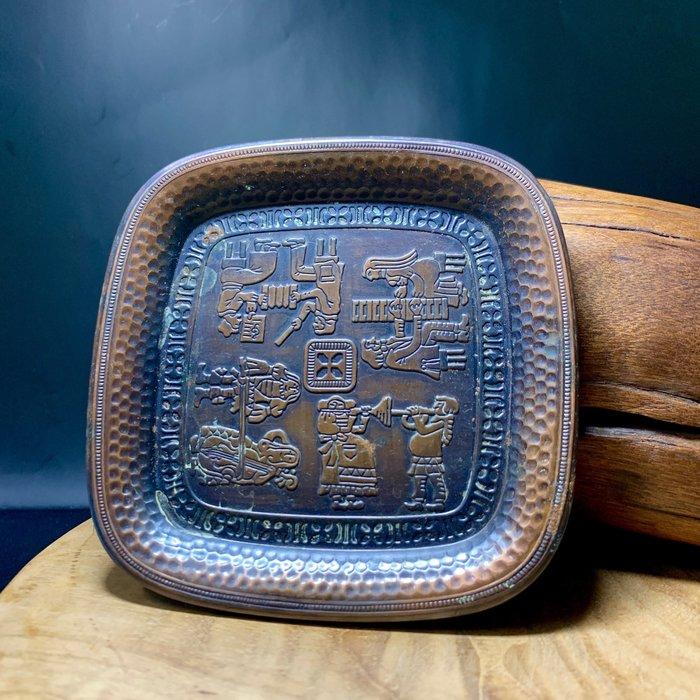 英國古董老件 紅銅 小碟子 手工敲打 四角方盤 銅器