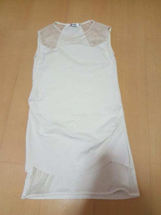 二手SO NICE長版M號削肩上衣布料有彈性,商品如圖閒置出清售出無退換貨服務~