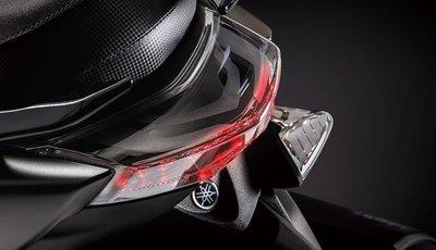 【車輪屋】YAMAHA 山葉原廠零件 最新 2015 SMAX S-MAX 155 黑電鍍尾燈 後LED 私訊優惠免運